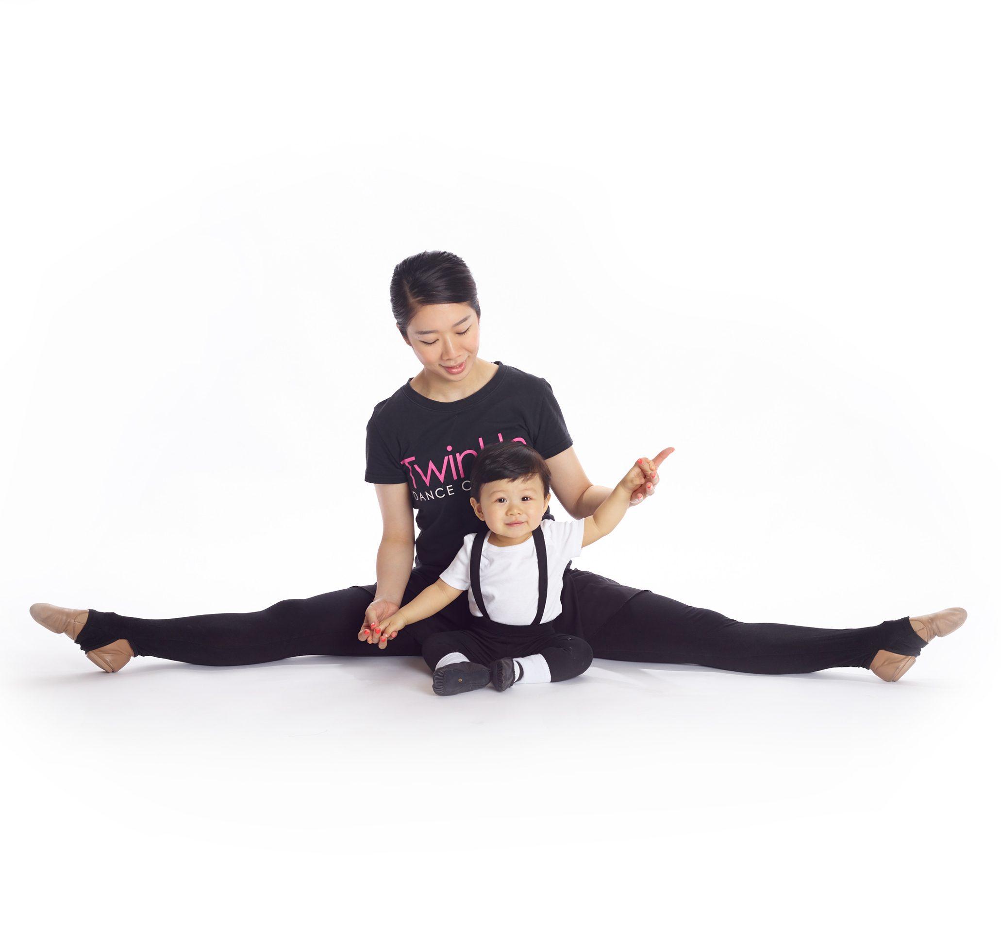 親子芭蕾互動課 (18個月至2.5歲)